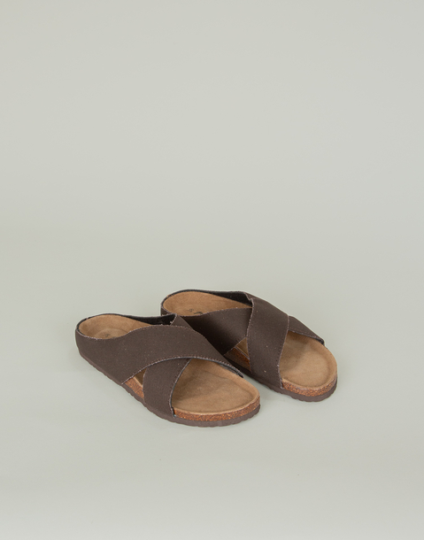 ergonomic canvas crossed sandal