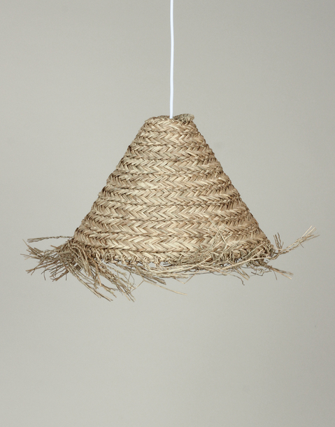 cabrin-shaped straw light