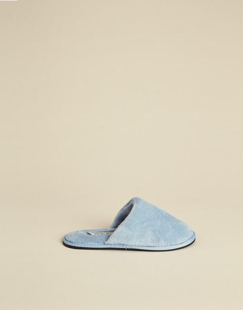 basic woman slippers
