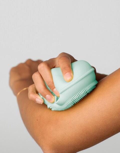 éponge pour le corps en silicone