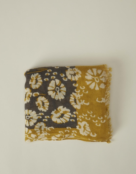 bicolor flowered foulard