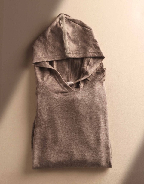 unisex soft sweatshirt with hood