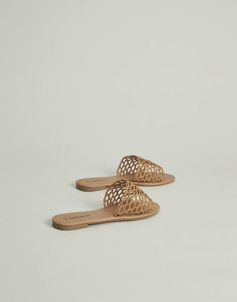 sandalia bambú troquelada plana