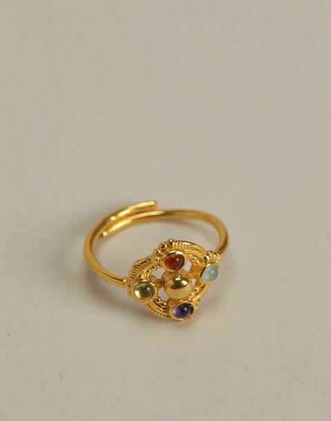 anello medaglione pietre placcato in oro