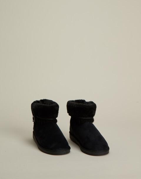 knitted australian boot