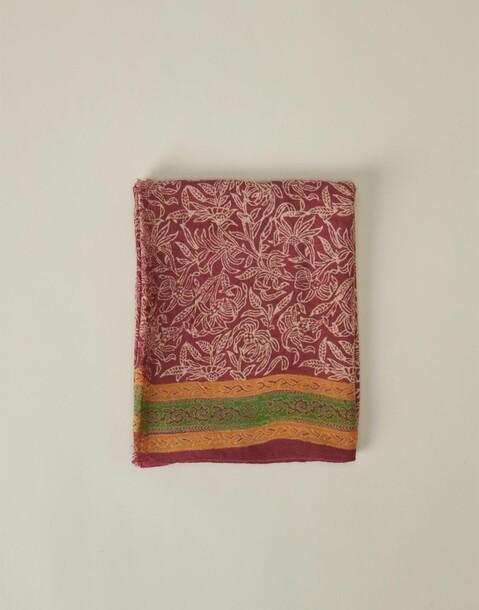 foulard imprimé feuilles et liseré