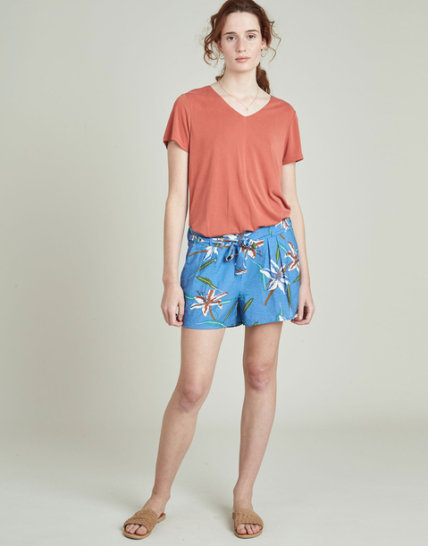 flowered elastic short with belt