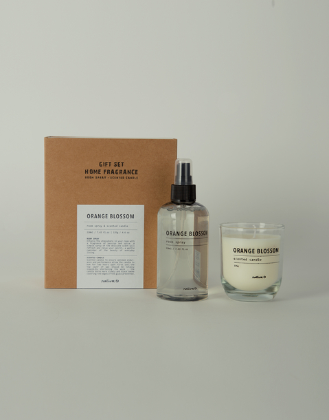 candle and spray diffuser set