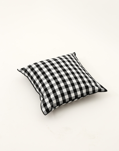 typic cushion 45*45
