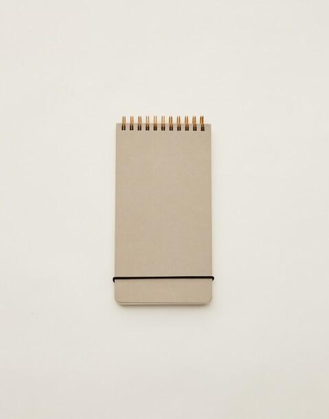 cuaderno vertical goma