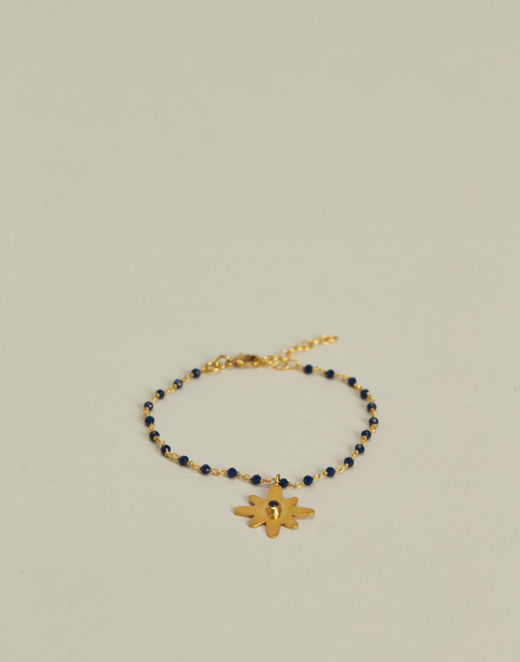 gold plated bracelet with star pendant