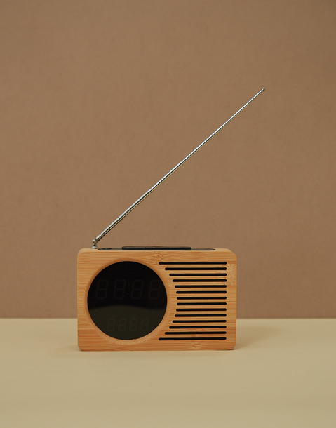 reloj despertador radio