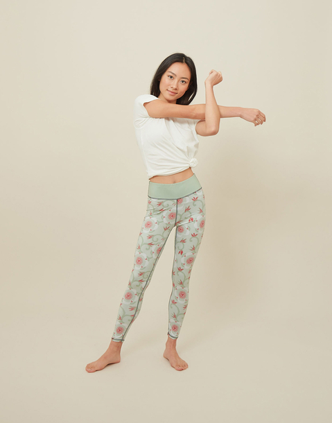 green yoga legging by natura