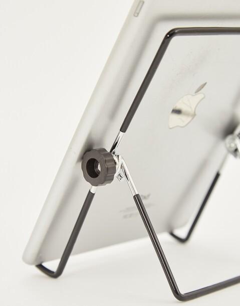 tablet metal holder