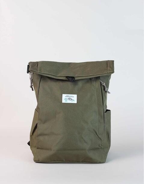 eingerollter rucksack