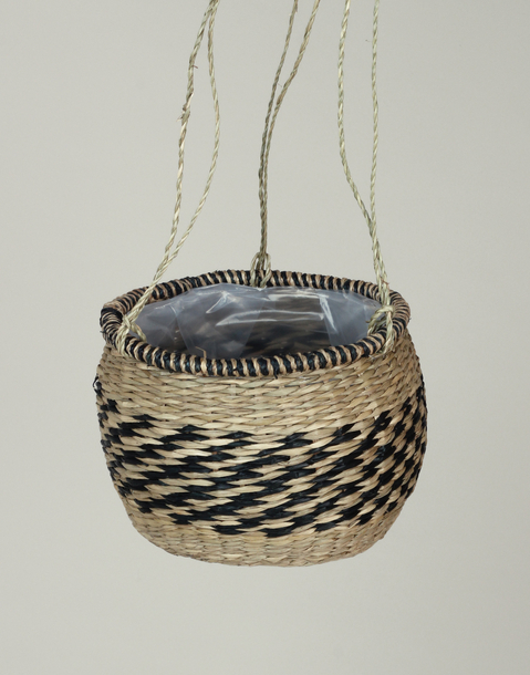 namibia hanging planter basket with border