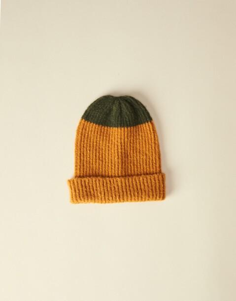 ribbed contrast cap