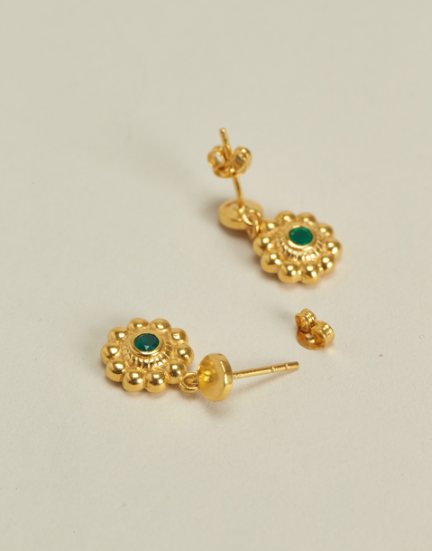 gold plated flower post earring