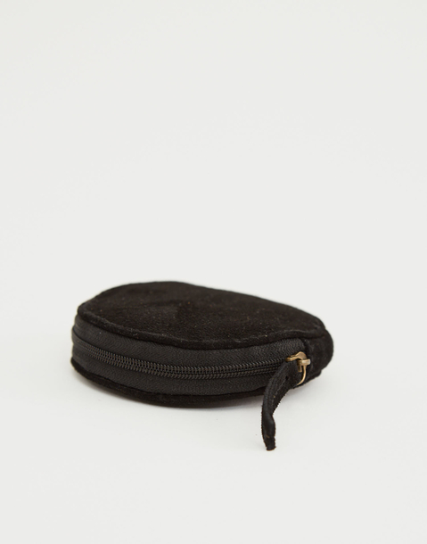 round leather wallet