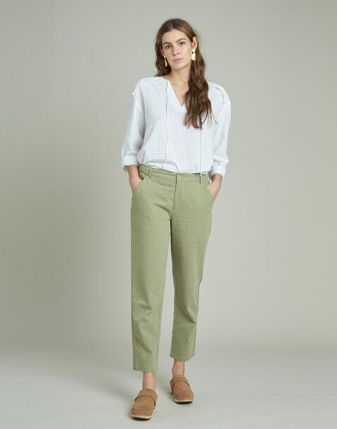 pantaloni con tasche laterali
