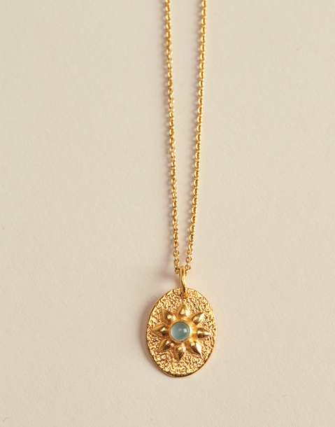 golden flower medal necklace