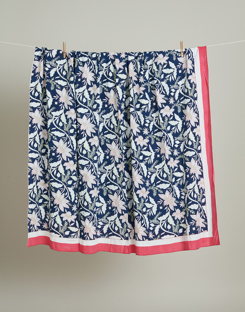 pink and blue flowered pareo xl