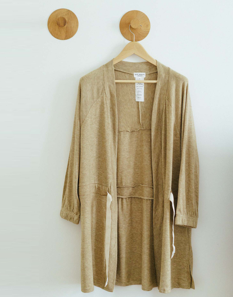 contrasted belt soft dressing gown