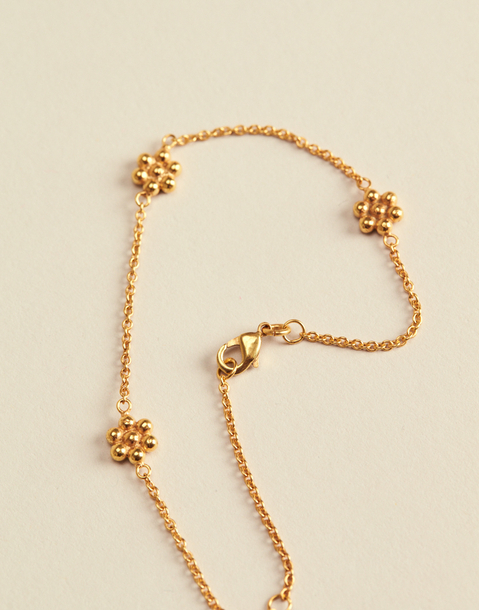gold plated flower bracelet