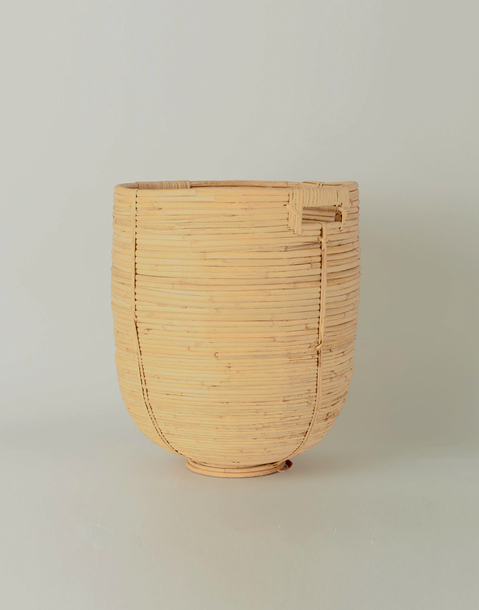 medium rattan basket with handle