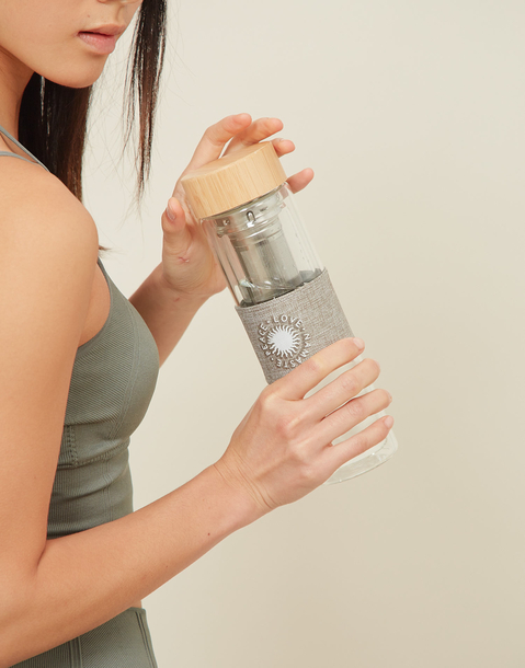 namaste bottle with infuser and bamboo lid
