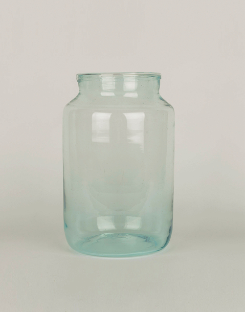 glass vase 18 x 30 cm