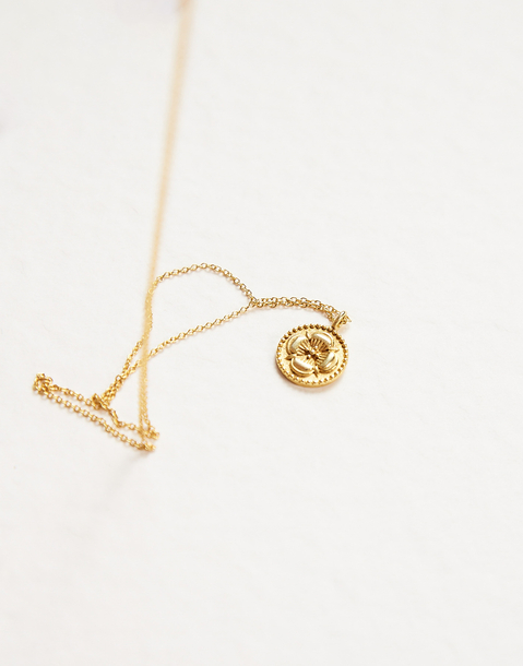 gold-plated flower pendant necklace