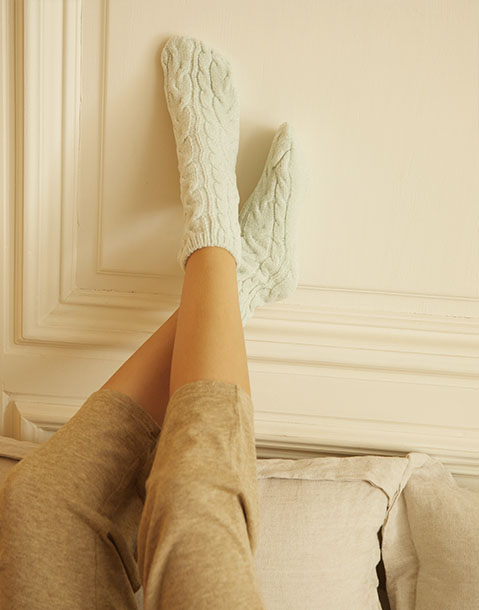 assortiment 2 paires de chaussettes en chenille tressées