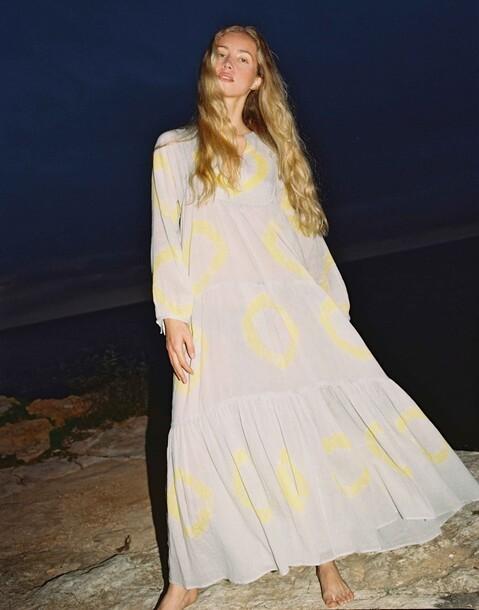 tie-dye long sleeved maxi dress