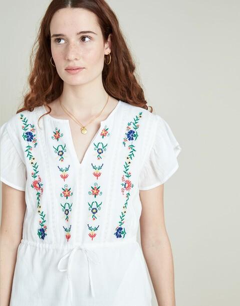 vestido volante flores bordadas