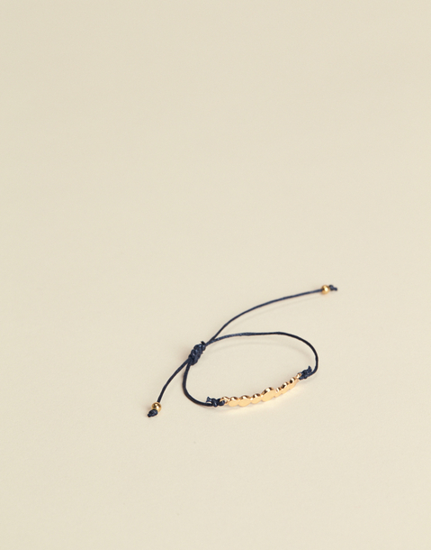 circles thread bracelet