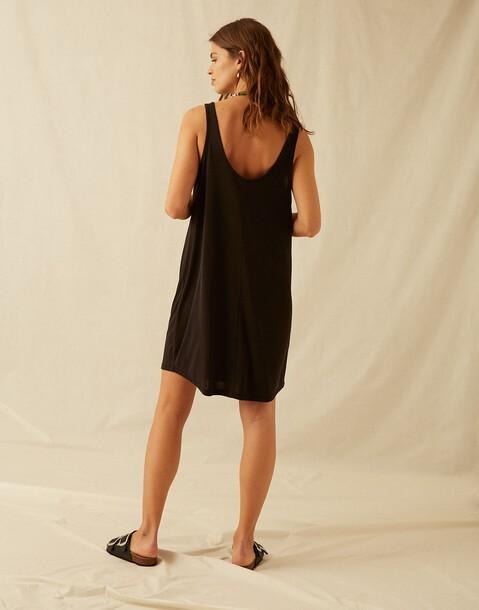 robe bretelles tissu peau de pêche