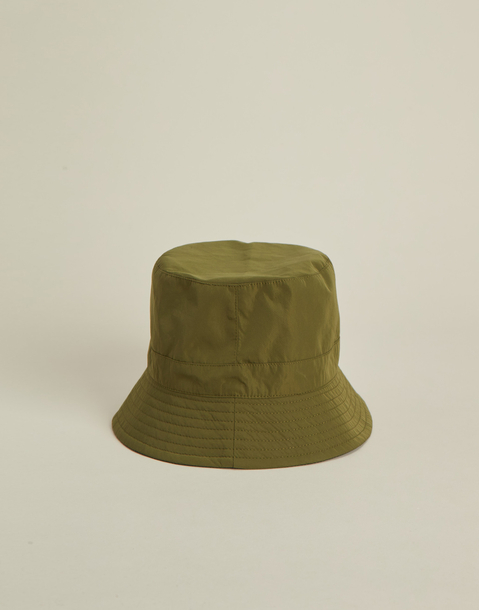 reversible water resistant hat
