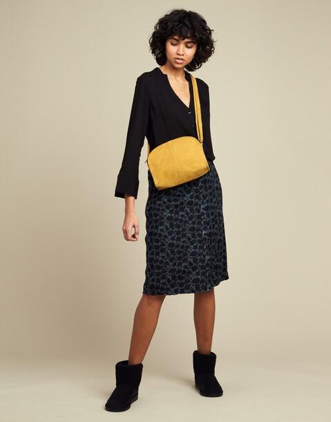 BASIC HALF MOON ZIPPER BAG