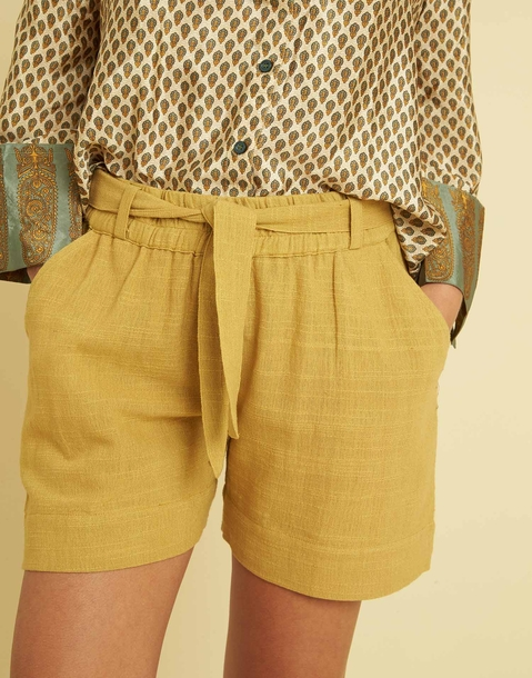 COTTON SHORTS WITH BELT