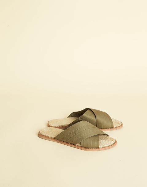 CANVAS SLIDE SANDAL