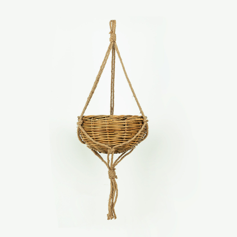 LARGE HANGING MACRAMÉ PLANTER
