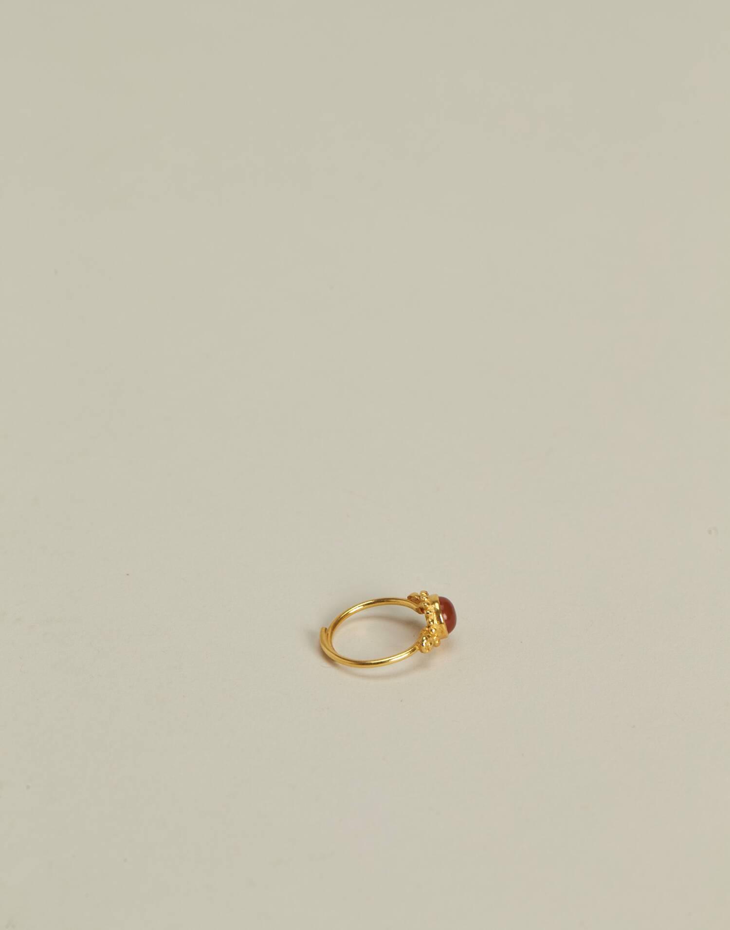 Anillo flor piedra baño de oro