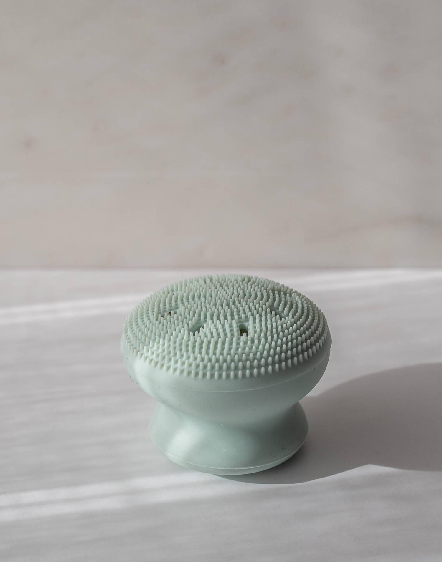 Nettoyant visage en silicone
