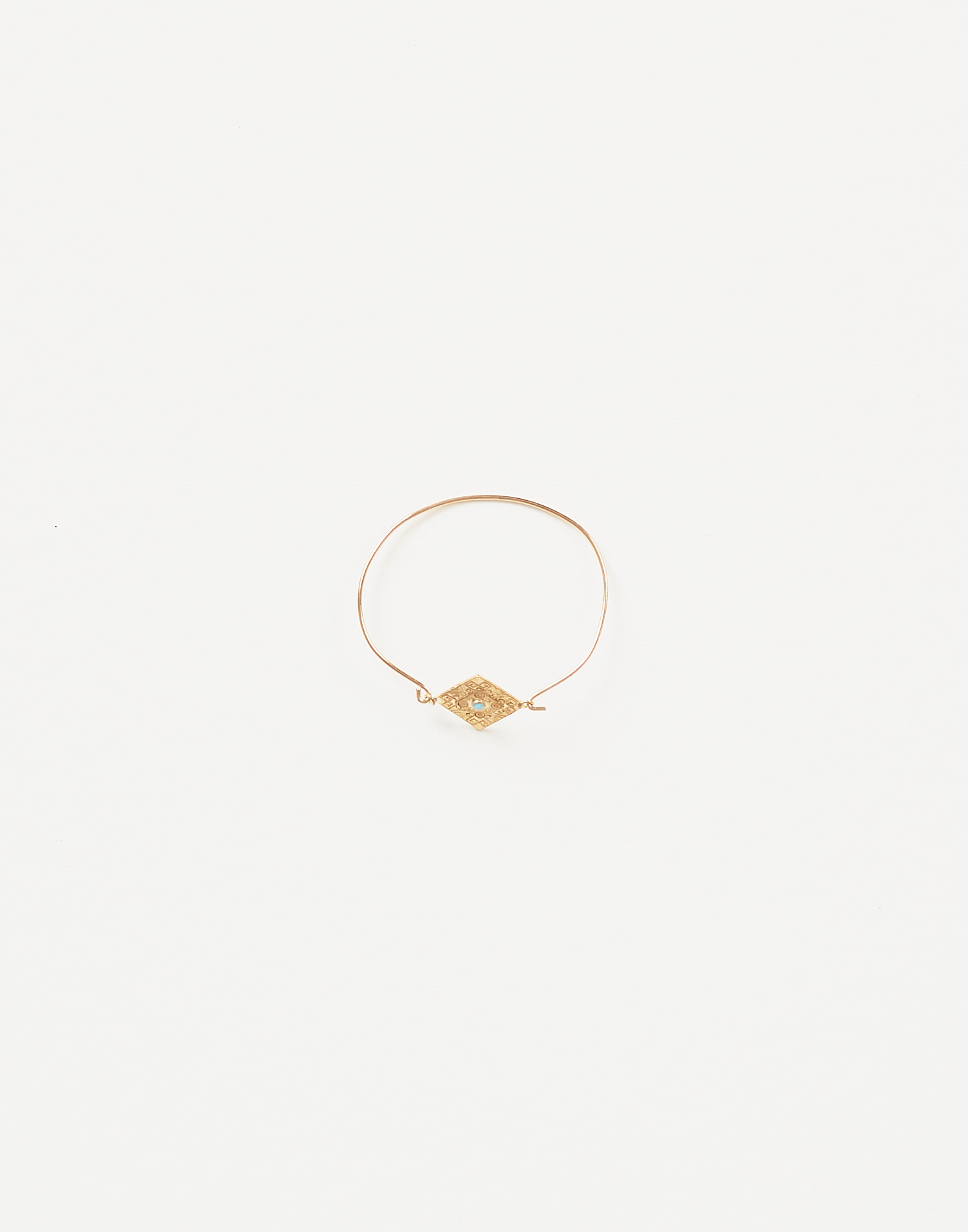 Triangular ethnic bracelet