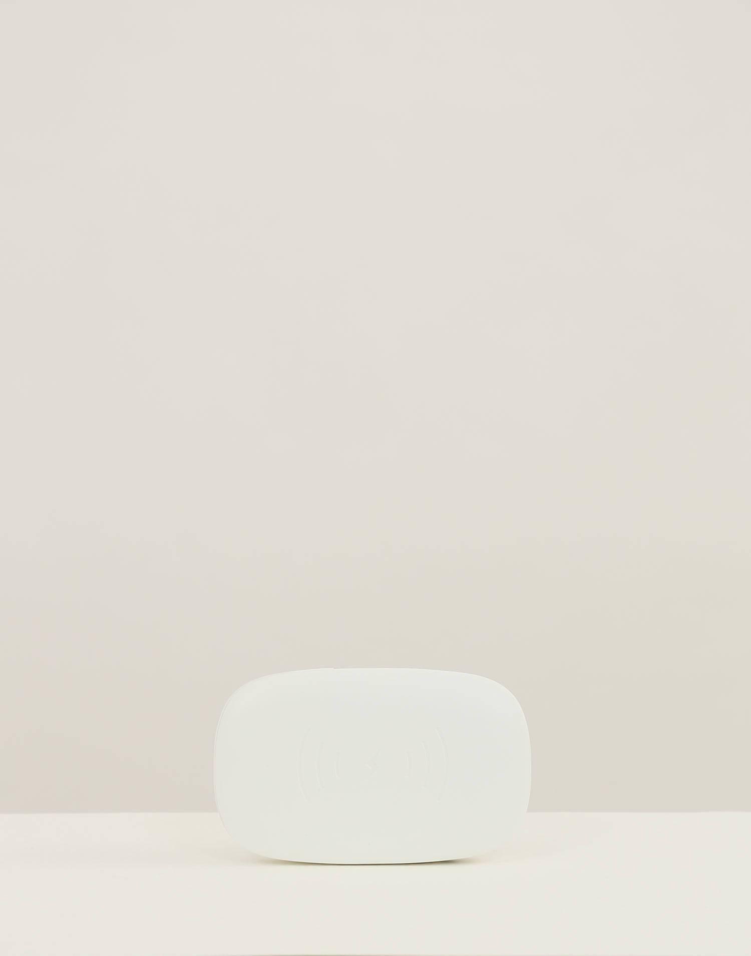 Uv phone sanitizer and wireless charging hub