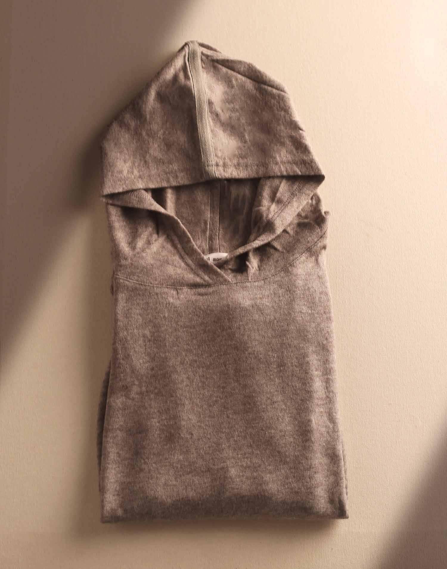 Sudadera con capucha tejido suave unisex