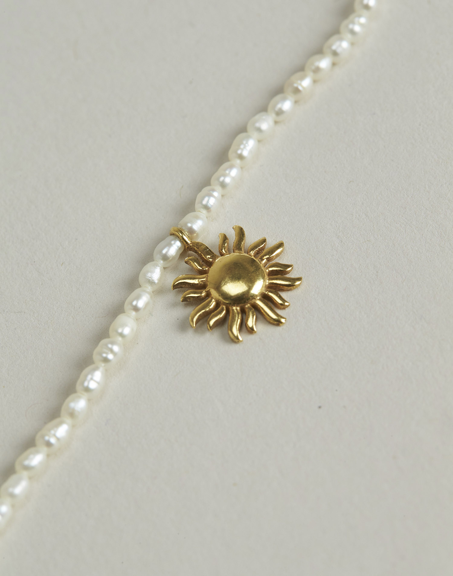 Gold-plated sun pearl necklace