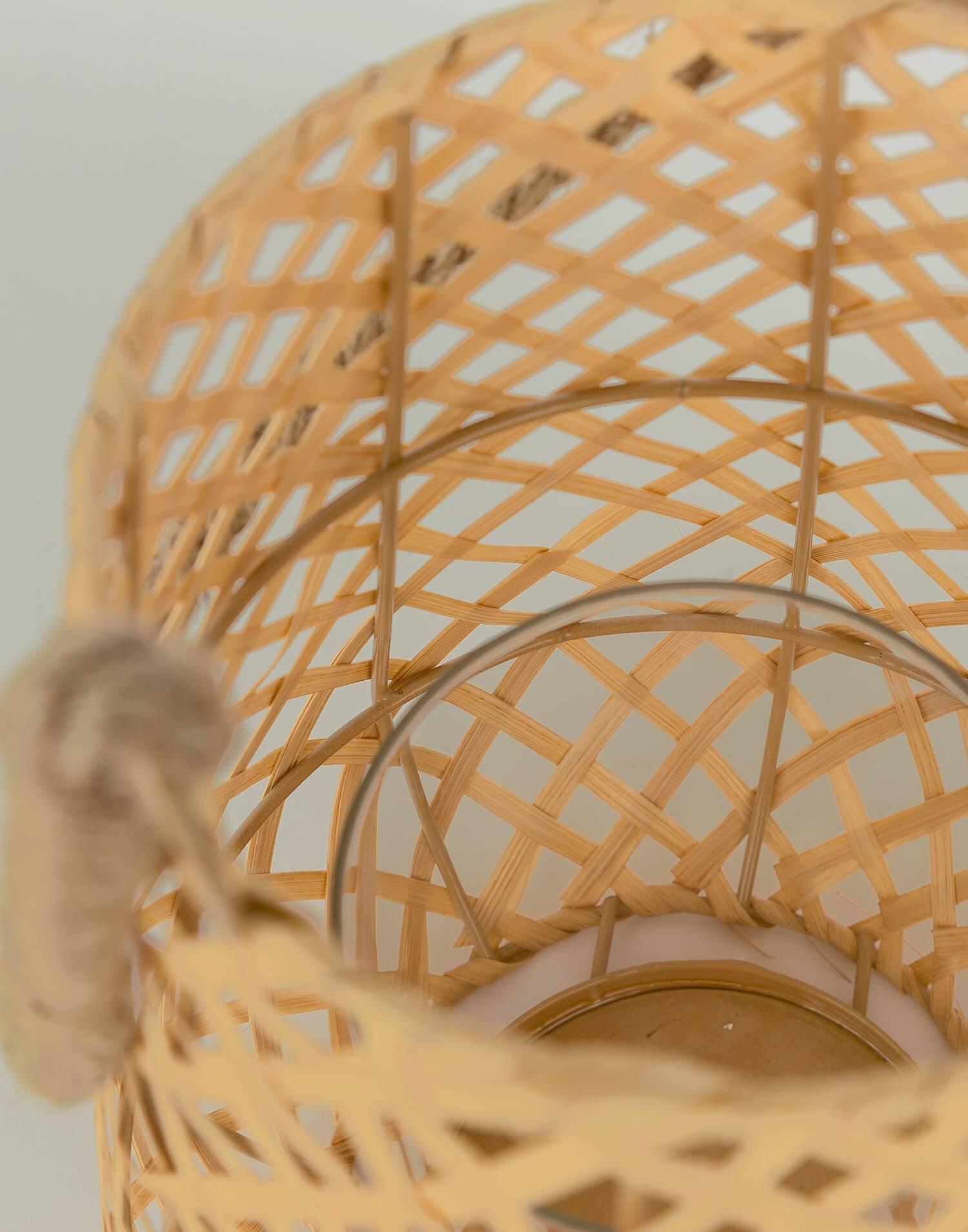Basket candle holder