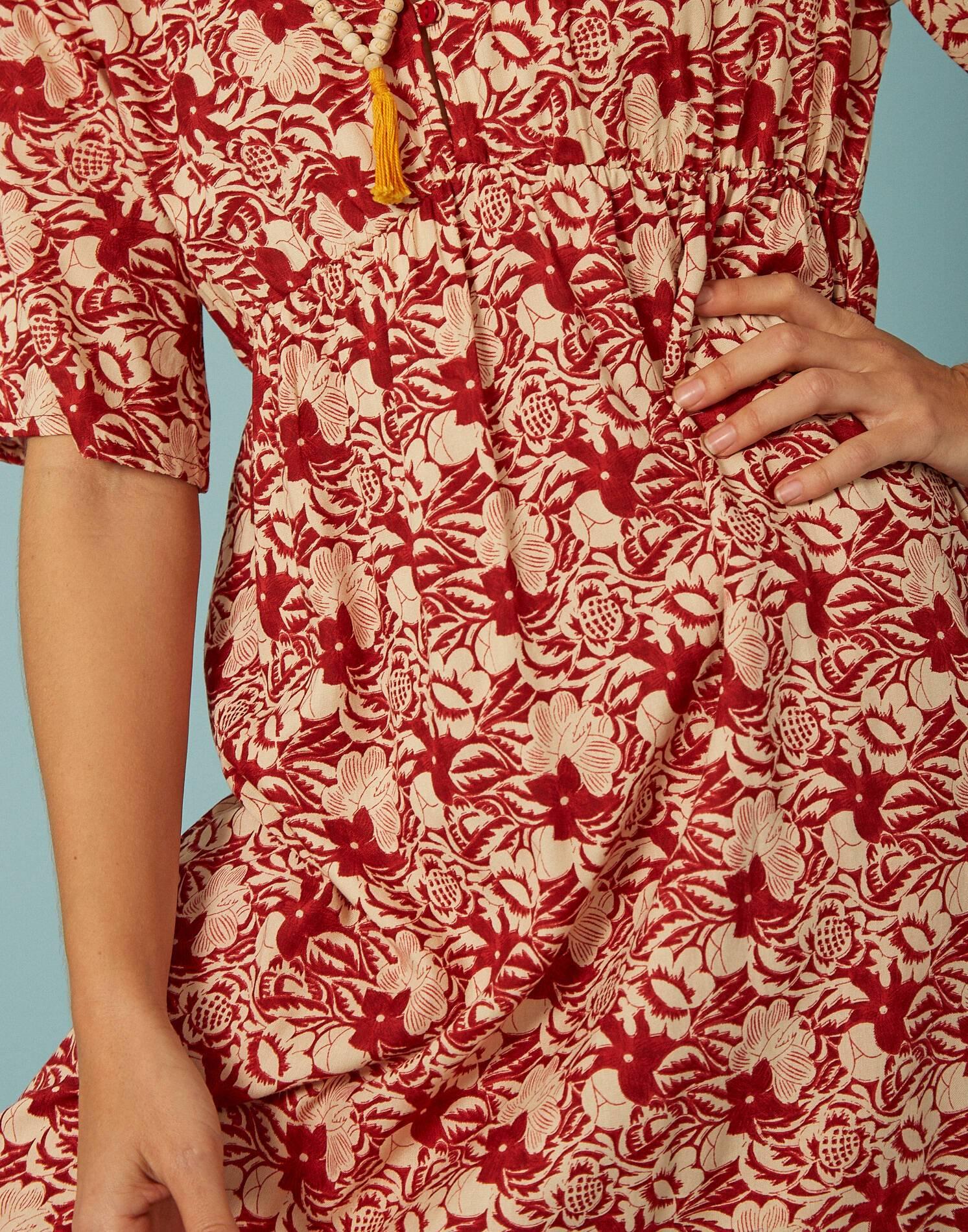 Vestido cortes flor